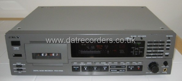 Sony PCM-2700 Professional DAT Recorder