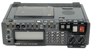 Fostex PD-2 Professional Portable DAT Recorder